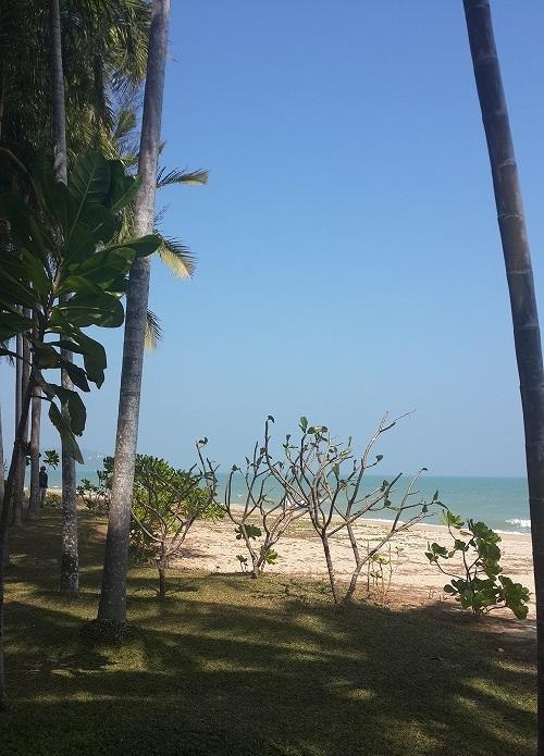 1_bankrut_beach.jpg