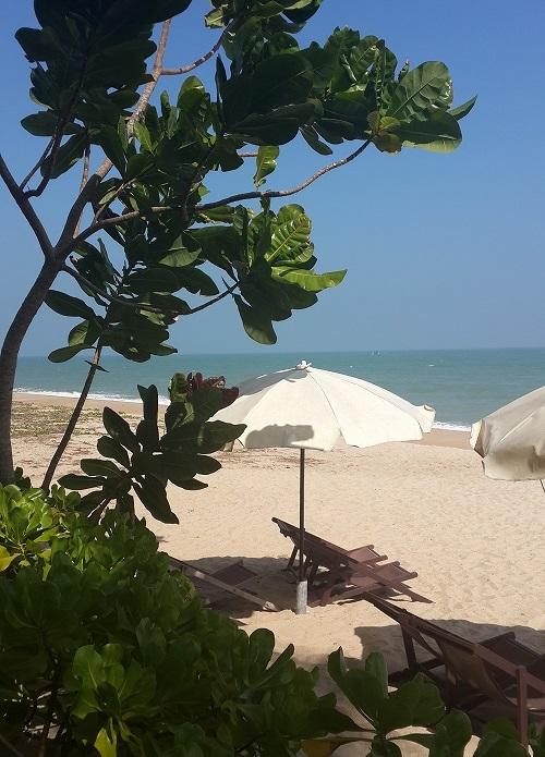 2_bankrut_beach.jpg