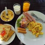 サメット・カバナ・リゾートの朝食ブッフェってどうよ?ビーチ周辺の様子